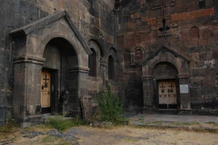 Exterior of Saghmosavank